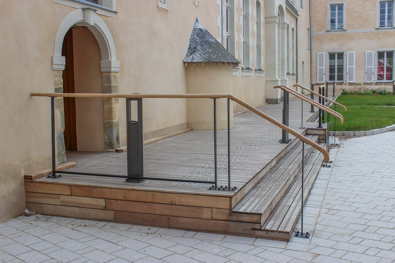 Terrasse bois COMMUNE DE CRAON (53)